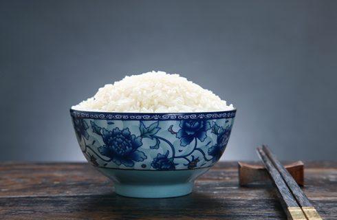 Come si fa il riso bianco cinese