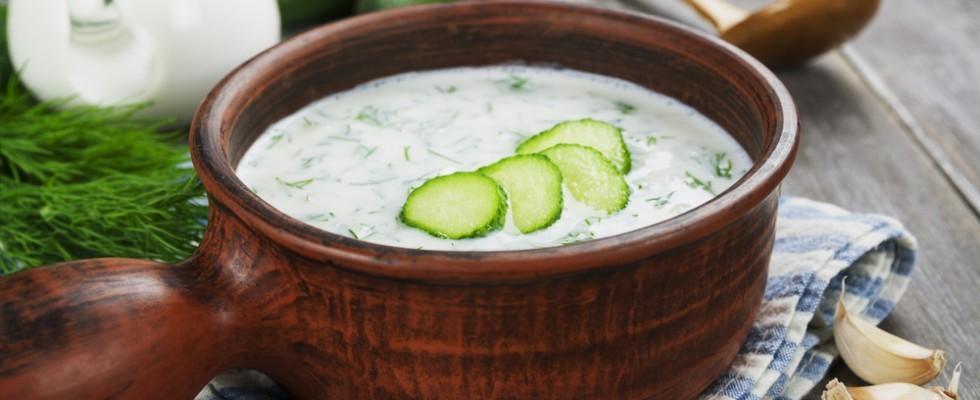 Tarator: la zuppa fredda bulgara che ricorda lo tzatziki