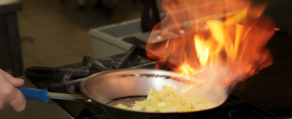 Warning: i principali pericoli in cucina