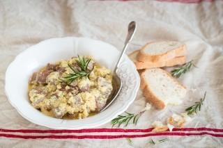 Agnello cacio e uova: ricetta abruzzese