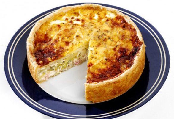 Il timballo di patate con formaggio e prosciutto