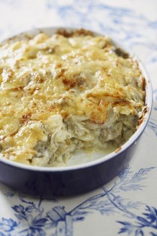 Tortino di carciofi, asparagi e formaggio