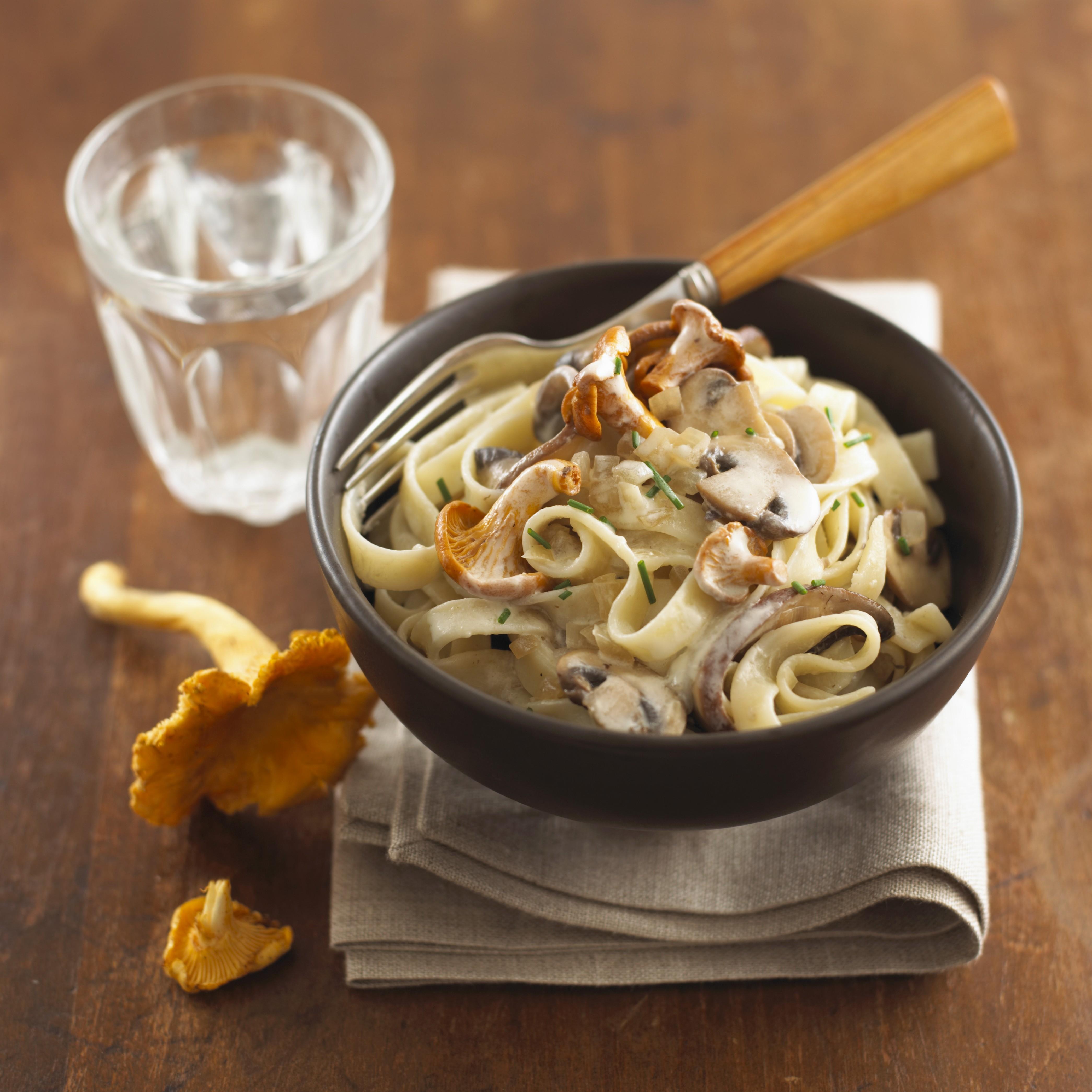 Ricetta tagliatelle panna e funghi agrodolce - Ricette con la panna da cucina ...