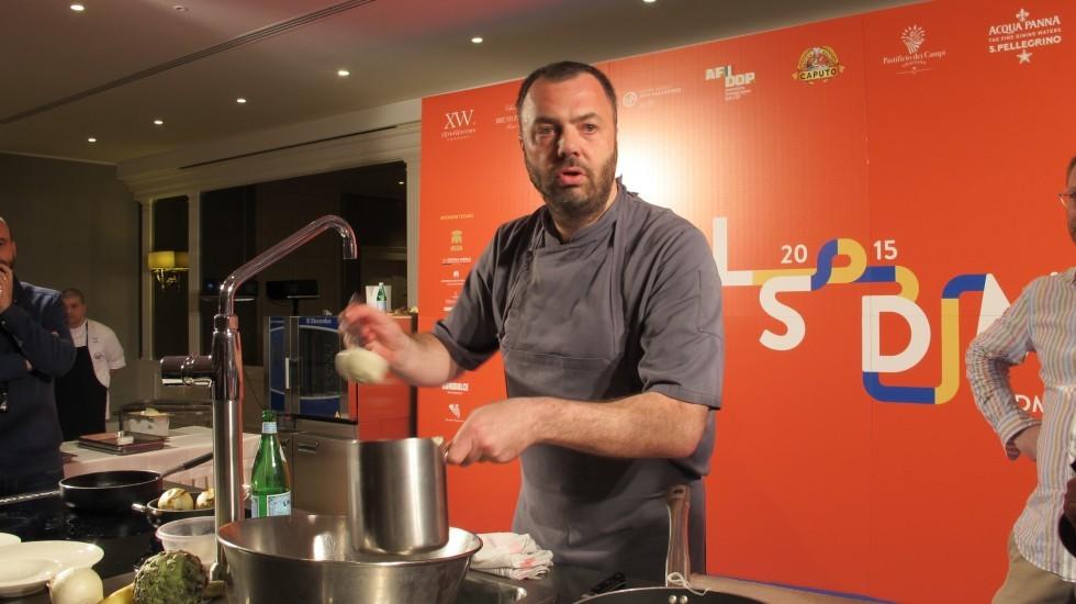 Cosa fanno gli stranieri con la mozzarella - Foto 11