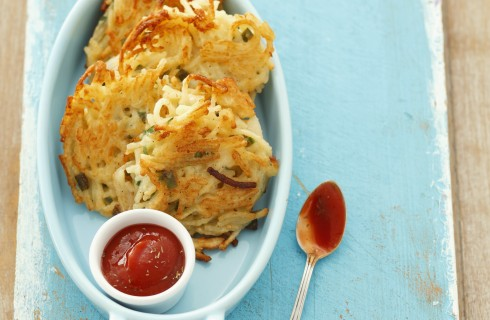 Spaghetti fritti con zucchine e pancetta