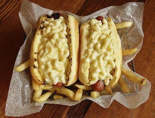 hot dog con pasta