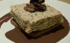 Il semifreddo con ricotta e cioccolato con la ricetta facile