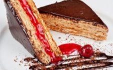 La ricetta della torta Esterhazy dalla tradizione ungherese