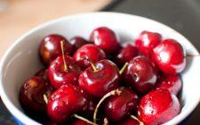 Il semifreddo alle ciliegie perfetto per il dessert di fine pasto