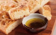 Focaccia al formaggio e prosciutto: la ricetta light secondo la dieta Dukan