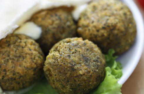 Falafel di piselli: la ricetta light e gustosa di Benedetta Parodi