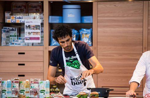 Salone del libro di Torino: chef e star della TV a Casa CookBook