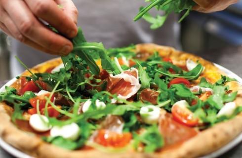 5 indirizzi fuori dai soliti giri per mangiare la pizza a Roma