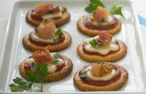 Pizzette sfiziose: la ricetta super veloce di Anna Moroni