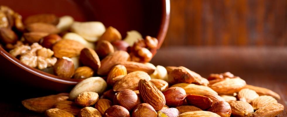 Noci e frutta secca: preziosi alleati per la nostra salute