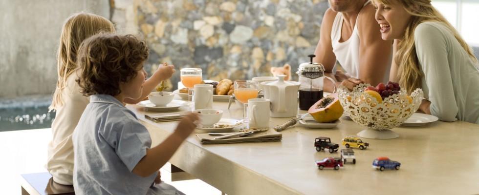 Idee per colazioni a base di yogurt colato