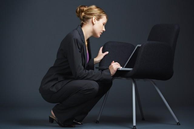 squat in ufficio