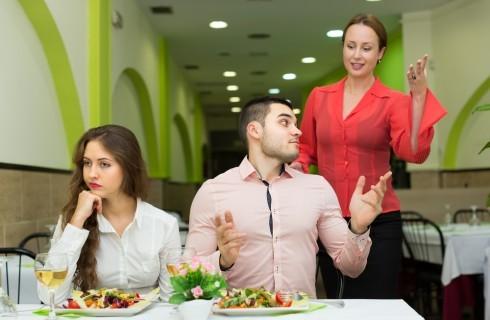 25 cose che davvero non sopportiamo al ristorante