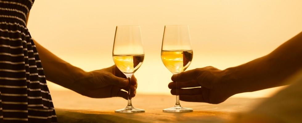 10 vini bianchi siciliani da provare quest'estate