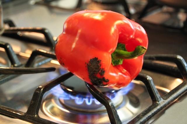 Spellare peperoni alla griglia