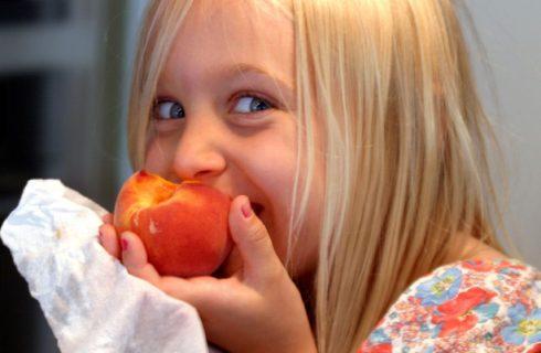 L'alimentazione dei bambini in vacanza durante l'estate