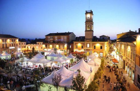 """Festa Artusiana 2015: il """"bello e il buono del cibo"""" a Forlimpopoli, dal 20 al 28 giugno"""
