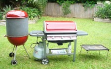 Barbecue: modelli a carbone o a gas?