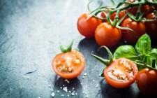 Pomodori: 7 modi di cucinarli per l'estate