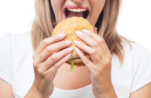 12 cattive abitudini che fanno ingrassare