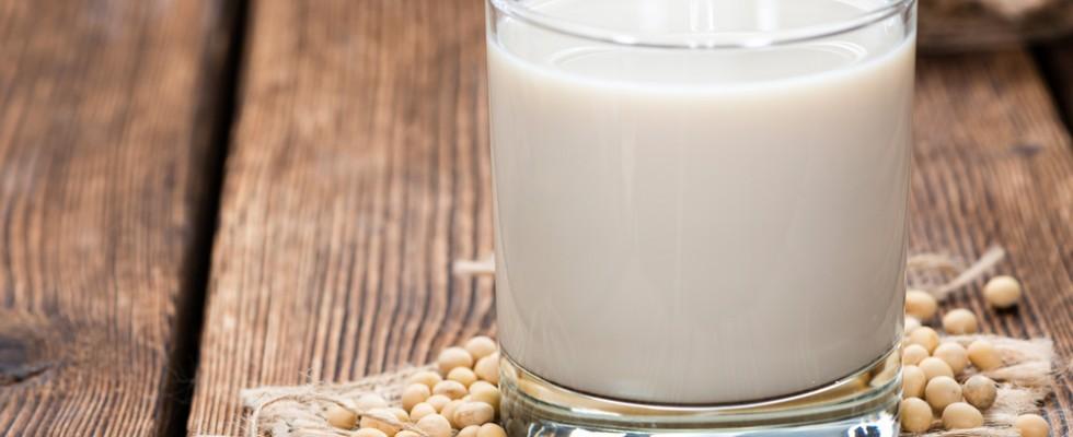 10 tipi di latte vegetale da provare