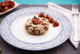 Tartare di ombrina con pistacchi e pomodorini confit