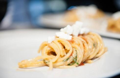 Vinòforum: cosa mangiare tra chef stellati, pizza e street food