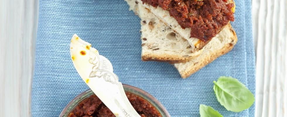 Pesto di pomodori secchi fatto in casa