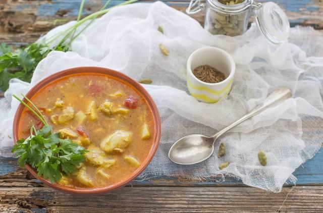 Still life zuppa di pollo indiana