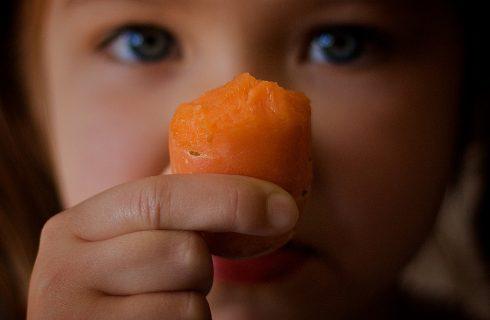 Dieta vegetariana e vegana per bambini: si può?
