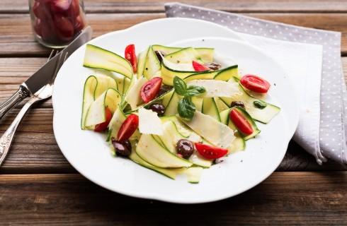 Carpaccio di zucchine, insalata estiva