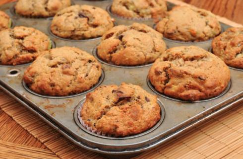 Muffin salati con cotto e funghi: la ricetta per un antipasto dal sapore rustico