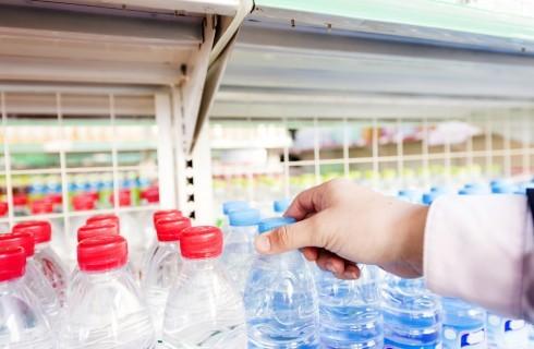 Tragedia a Pachino: trovate alcune bottiglie d'acqua con acido