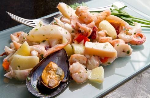 15 varianti dell'insalata di mare da Nord a Sud