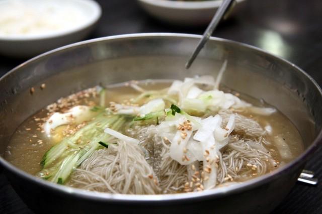zuppa coreana fredda