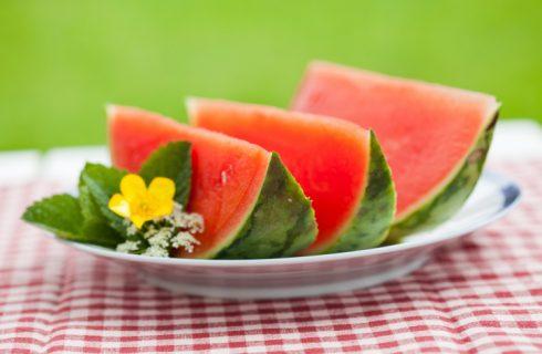 Il cocomero: le proprietà del frutto estivo per eccellenza
