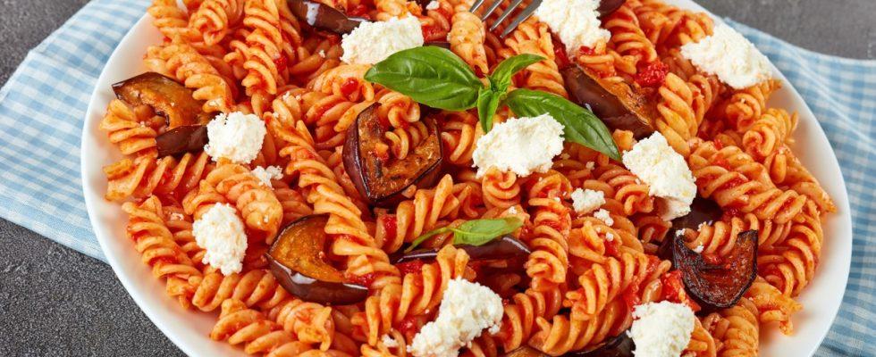 I fusilli alla norma con la ricetta originale siciliana