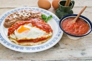 Huevos rancheros: uova piccanti