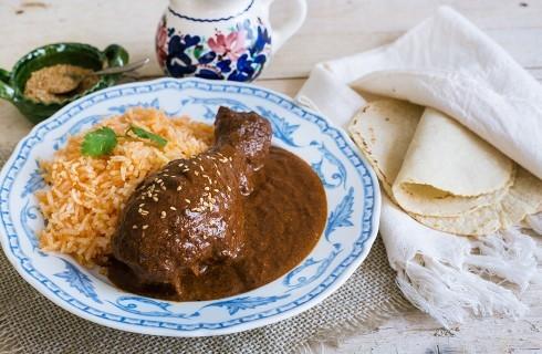Mole con pollo: la tradizione messicana