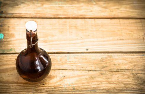Il nocino con la ricetta tradizionale del liquore