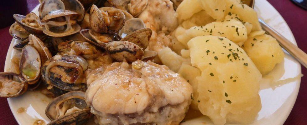 Le patate con le vongole nella ricetta spagnola originale