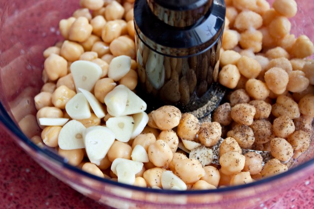 hummus nel mixer