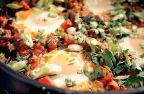 Uova alla nordafricana: la ricetta originale di Gordon Ramsay