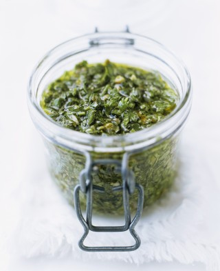 Pesto di capperi fatto in casa