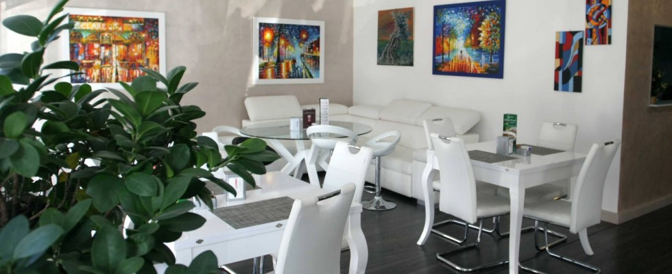 Chagall Café & Restaurant, Bari